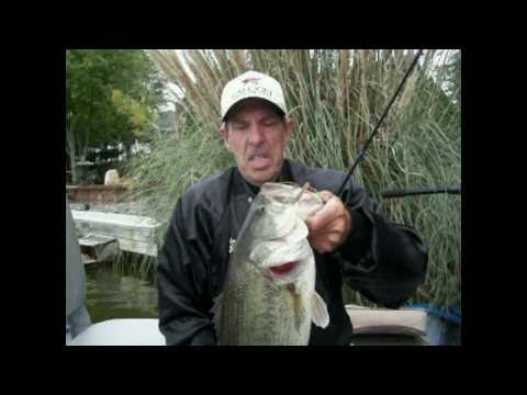 Jig Fishing Tips and Tackle by The Bass College.avi