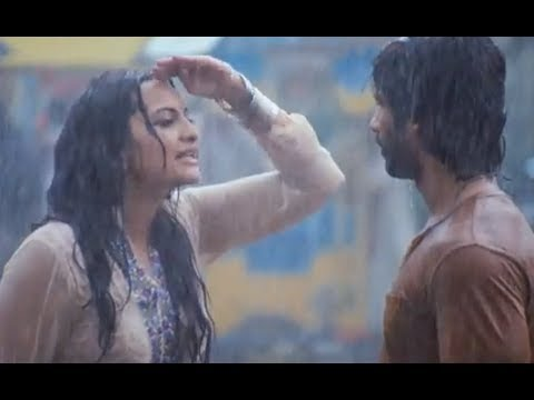Shahid Kapoor is madly in love with Sonakshi Sinha - R...Rajkumar (Dialogue Promo 11)