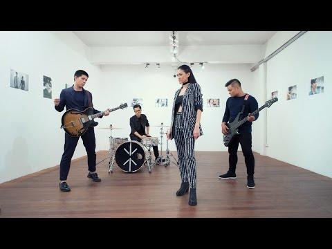 พันหมื่นเหตุผล [MV] - Klear