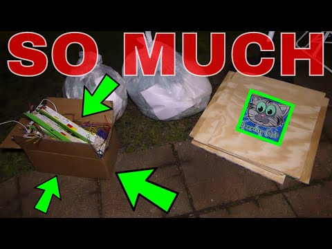 SO MUCH STUFF FROM THE DUMPSTER!!! Dumpster Diving Night #458 (видео)