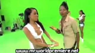 Aaliyah-Exclusive Footage of Rock The Boat (August 22-25, 2001) - YouTube
