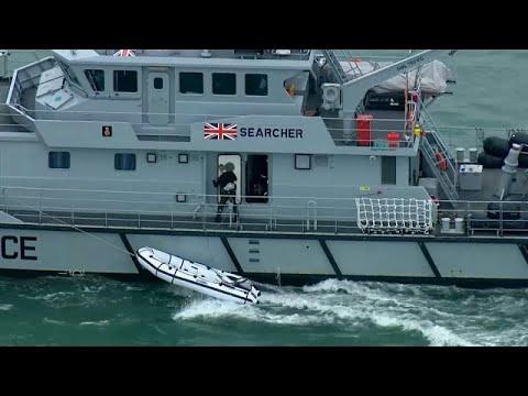 Βρετανία: Συλλήψεις για διακίνηση μεταναστών
