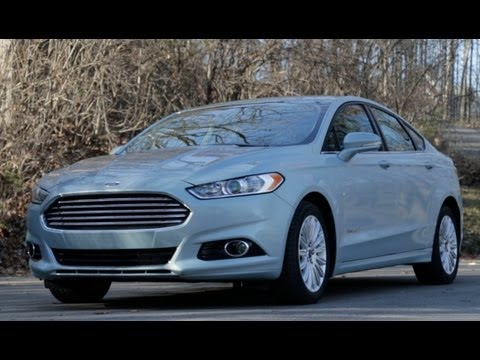 Ford - Contributing Editor Csaba Csere takes an in-depth and technical look into the 2013 Ford Fusion hybrid on the latest episode of Car and Driver: Tested. Subscr...