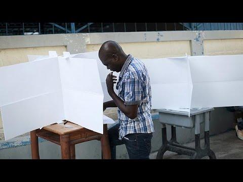 Αϊτή: 54 υποψήφιοι πρόεδροι!