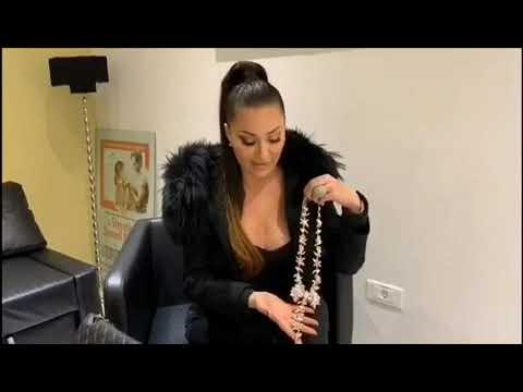 Sloba za haljinu bivše supruge dao 500 evra i ponudio 2.100 evra za Cecinu ogrlicu!