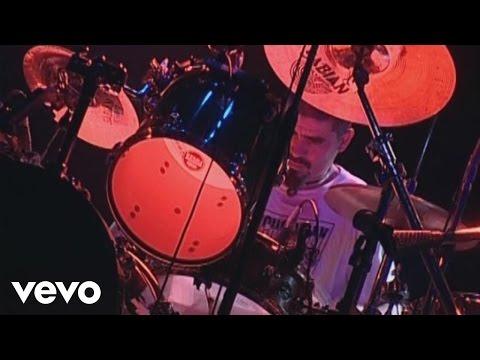 Los Fabulosos Cadillacs - Piraña, Todos los Argentinos Somos DT (En Vivo)