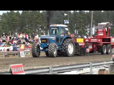 Tractorpulling - kooste Alahärmässä ajetusta kauden kolmannesta Tractor Pulling kisasta.