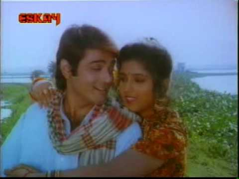 Video New Bangla Song Tumi aamar moner majhi All Time Hits Bengali Movie song download in MP3, 3GP, MP4, WEBM, AVI, FLV January 2017