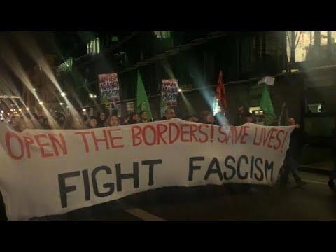 Berlin: Tausende demonstrieren für offene EU-Außengre ...