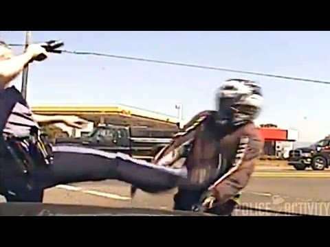WATCH as cop loses cool with motorcyclist during traffic stop