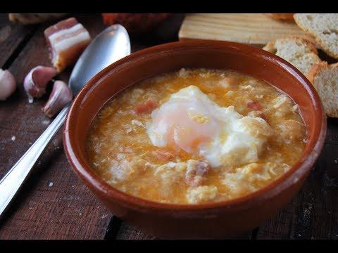 Sopa de ajo tradicional