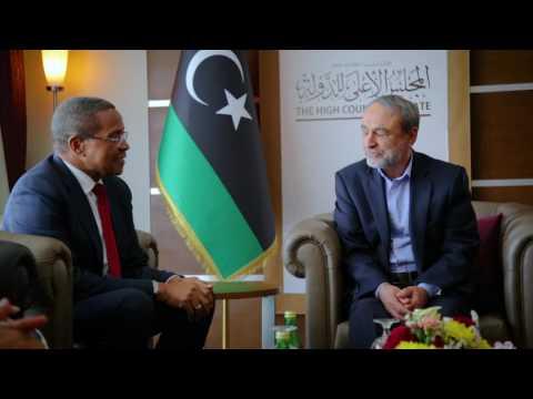 السويحلي يبحث مع مبعوث الإتحاد الأفريقي تفعيل الإتفاق السياسي
