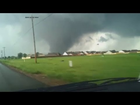 tornado 250 - Terrifying amateur footage captures the monster tornado that ripped through Oklahoma City surburbs, leaving a trail of devastation. At least 91 people, inclu...