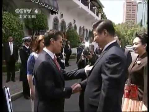 Chinese President Xi Jinping And First Lady Peng Liyuan Arrived Mexico 主席习近平与夫人彭丽媛抵达墨西哥