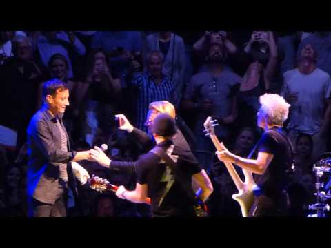 "U2 - ""Desire"" (with Jimmy Fallon) live @ Madison Square Garden 7-22-2015"
