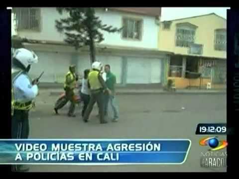 Policías agredidos