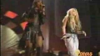 Shakira & Mary J Blige - Love Is A Battlefield (Live Di