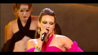 Hilary Duff - Stranger (Live @ So You Think You Can Dance)