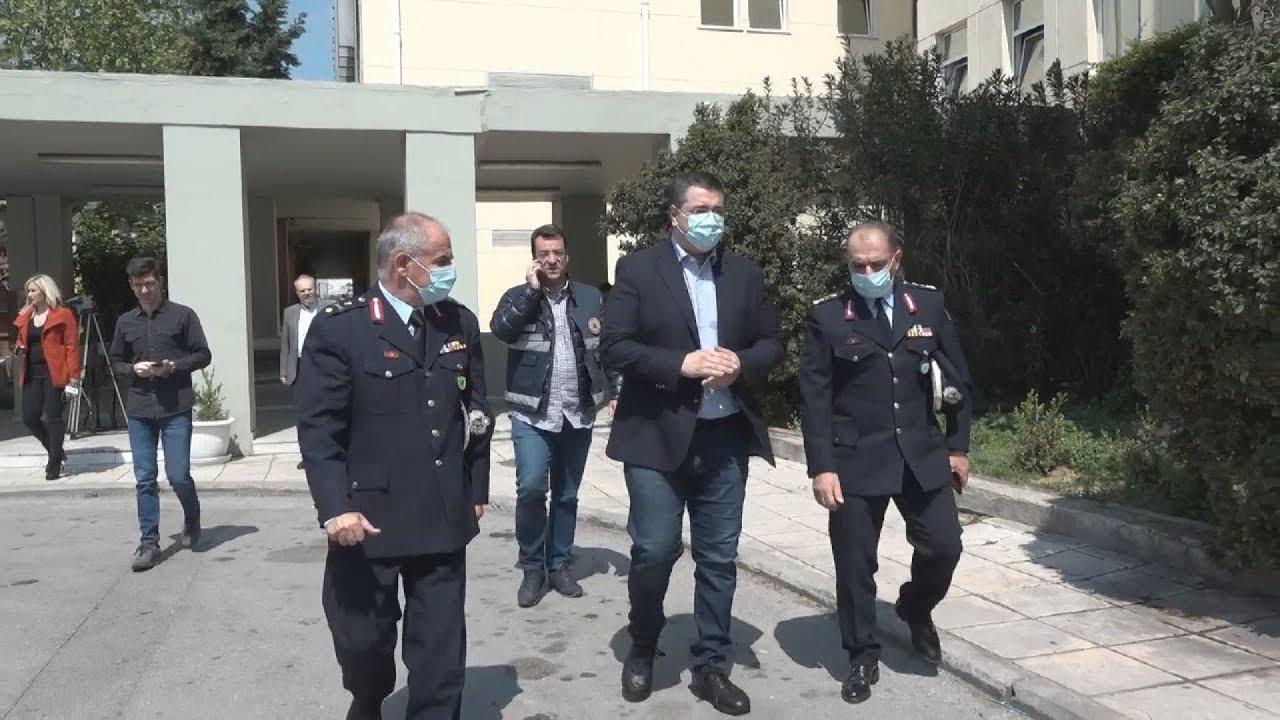 Παράδοση υγειονομικού υλικού  στη γ. Αστυνομική δ/νση Θ/κης από την περιφέρεια Κ. Μακεδονίας