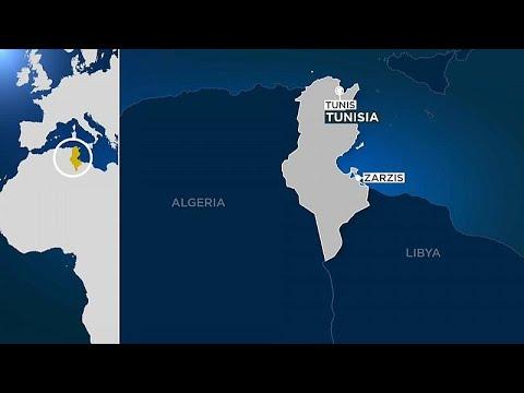 Tunesien: Flüchtlingsboot kentert - Dutzende Tote befü ...