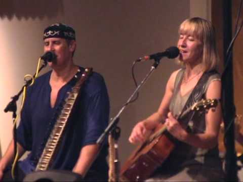 kirtan - A montage of our July 2009 kirtan at Nityananda Institute in Portland with Brent Kuecker and Michael Stirling, beautifully produced by Brent Barnett of Onscr...