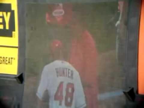 ROD CAREW TALKING TO TORII HUNTER, MLB ALL STAR GAME_7_14_2010
