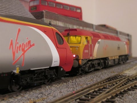 How to couple a Hornby Pendolino with a Class 57