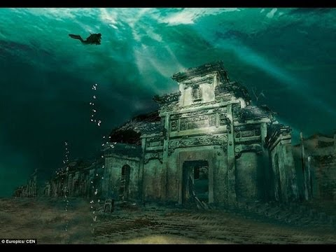 China's Atlantis City Has Remained Intact 130ft Underwater For 50 Years