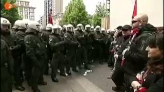Polizei geht massiv gegen friedliche Bürger vor
