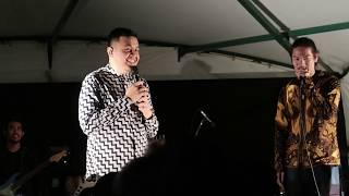 Video TULUS (トゥルス) -  Sepatu (セパトゥ ~くつ~) with Hiroaki KATO (加藤ひろあき) MP3, 3GP, MP4, WEBM, AVI, FLV April 2019