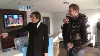Nonton Dzeko Signing  Edin Dzeko Arrives For First Day Of Training At Manchester City  January 2011  Hd Film Subtitle Indonesia Streaming Movie Download