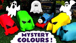 Video Learn Colors with spooky Thomas & Friends toy trains in Play doh - Train toys for kids TT4U MP3, 3GP, MP4, WEBM, AVI, FLV Mei 2017