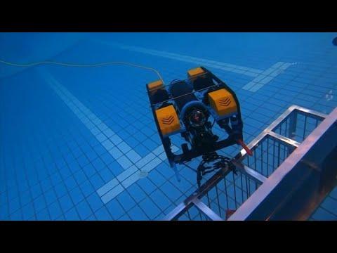 Roboter-Wettkampf unter Wasser im chinesischen Tianji ...