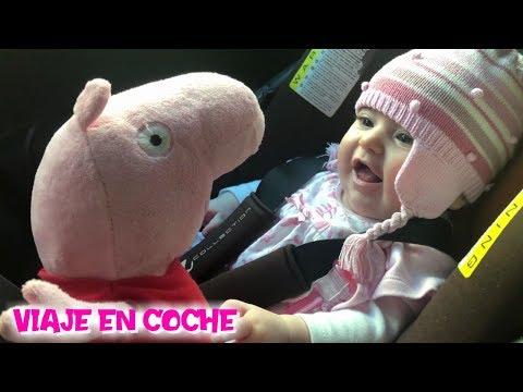 Peppa y el primer VIAJE EN COCHE de Bebé Carlota  Vídeos de Peppa Pig en español