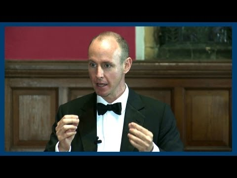oxford - Daniel Hannan MEP gives his opposing opinion to the motion of