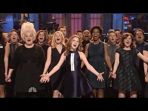 WATCH Anna Kendricks Best SNL Moments!!
