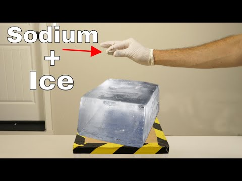 What Happens if You Put Sodium on Ice? Does it Still Explode? (видео)