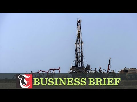 Oman plans to produce an average of one million barrels of crude oil per day this year, despite a production cut of 45,000 barrels per day agreed with oil exporting Opec bloc.