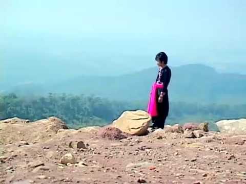 Looj Ceeb Chaw Tshua (Suab Yaj Sab & Dej Ntshiab Si) (видео)