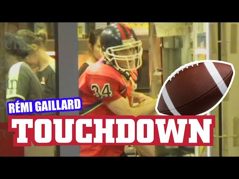 Urban Touchdown (R�mi GAILLARD) Video