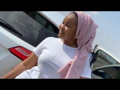 Sabuwar wakar - Hadiza Gabon Mai Zafi wanda Sarkin Waka Yayi Mata