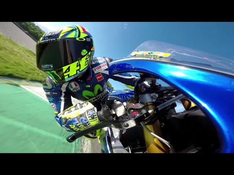 Vídeos de 'Rossi ya prepara el GP de Italia con una Yamaha R1M'