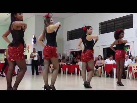 Cia Fama Centro de Dança no Baile dos Amigos Solidários em Cerquilho