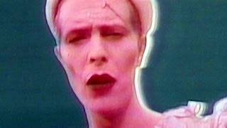 David Bowie / Ashes to Ashes
