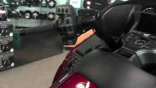 4. 2009 HONDA GOLDWING AIRBAG MODEL PLUS ABS