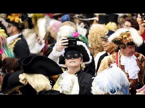 Βενετία: Κλείνει το καρναβάλι υπό δρακόντεια μέτρα ασφαλείας