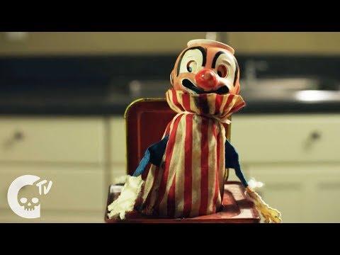 Slash in the Box   Short Horror Film   Crypt TV (видео)