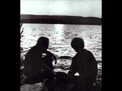 Tekst piosenki Paul Simon - The side of a hill po polsku