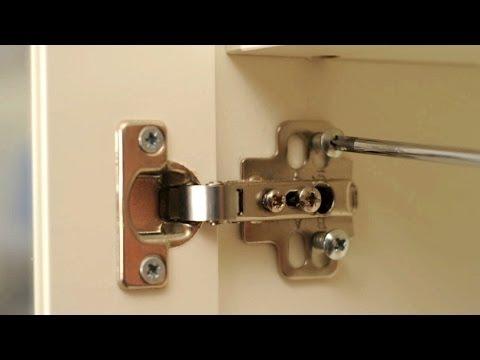Como ajustar y regular la bisagra de una puerta