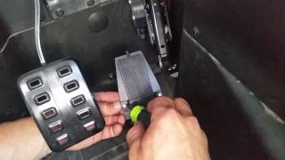 8. throttle MAXX Can Am Commander Install